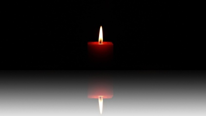 candle_light_shadow_reflection_29220_2560x1440